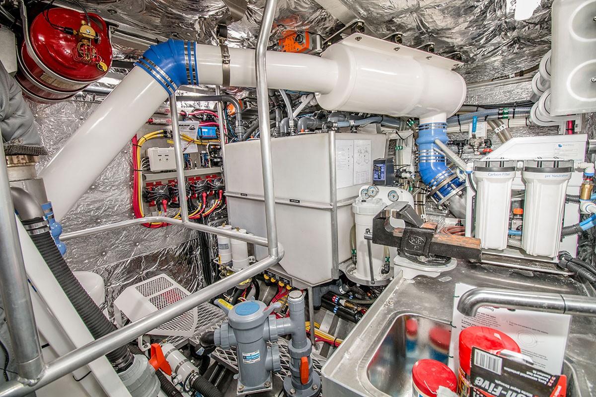 Grey Wolf Engine Room Machinery 2